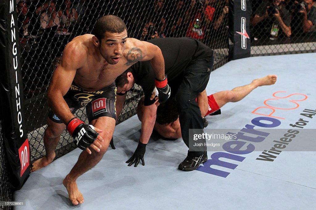 UFC 142: Aldo v Mendes