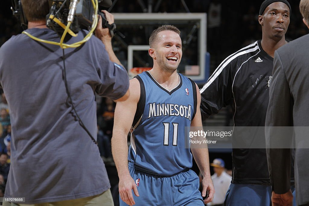 <a gi-track='captionPersonalityLinkClicked' href=/galleries/search?phrase=Jose+Barea&family=editorial&specificpeople=883866 ng-click='$event.stopPropagation()'>Jose Barea</a> #11 of the Minnesota Timberwolves in a game against the Golden State Warriors on November 24, 2012 at Oracle Arena in Oakland, California.