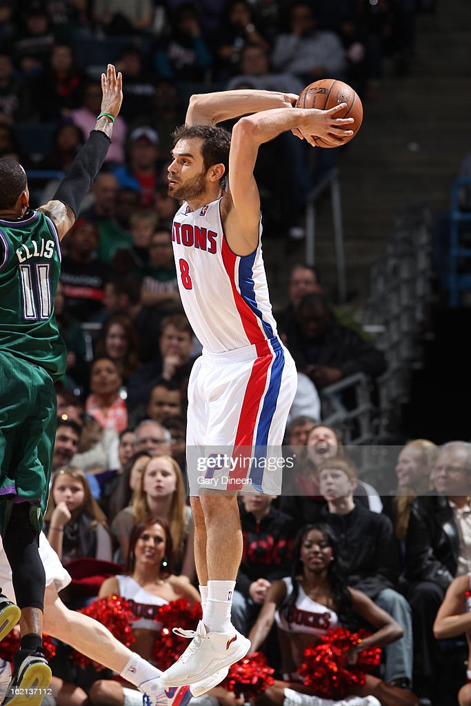 Jose Calderon #8 of the Detroit Pistons makes a pass against the Milwaukee Bucks on February 9, 2013 at the BMO Harris Bradley Center in Milwaukee, Wisconsin.