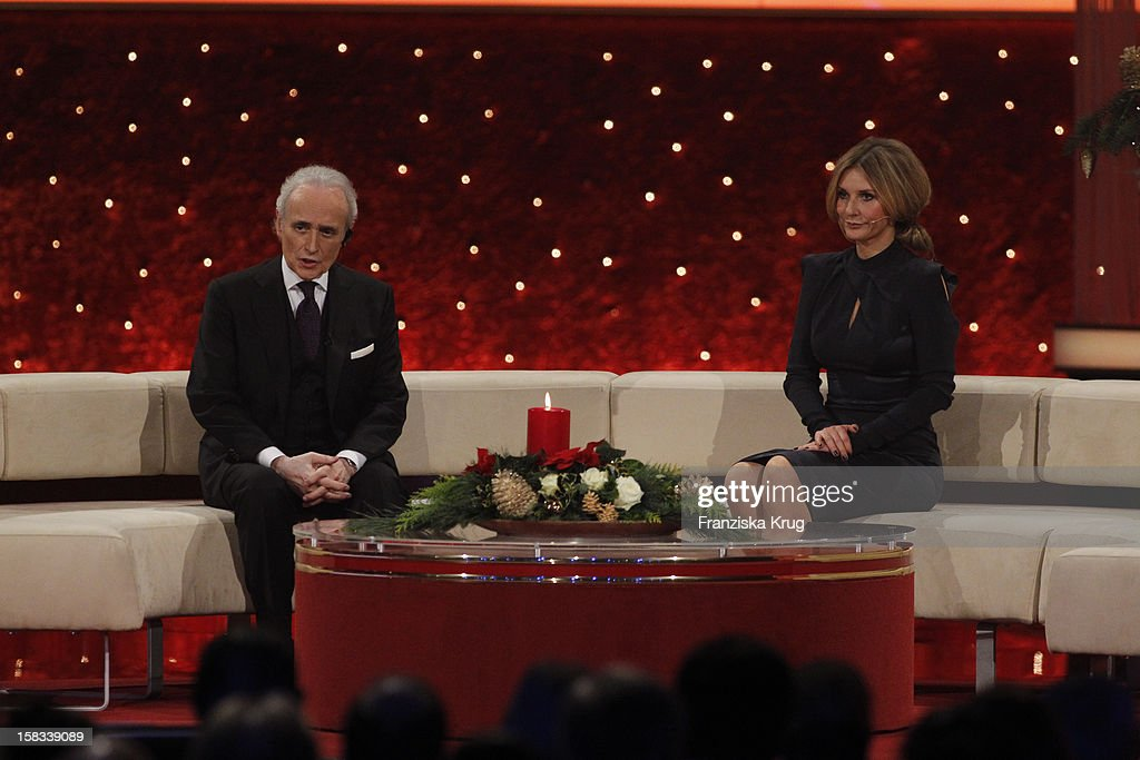 Jose Carreras and Kim Fisher perform during the 18th Annual Jose Carreras Gala on December 13, 2012 in Leipzig, Germany.