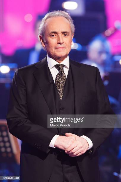 Jose Carreras hosts the Jose Carreras Gala at the Neue Messe on December 15 2011 in Leipzig Germany The annual TV Show is a fundraising campaign for...