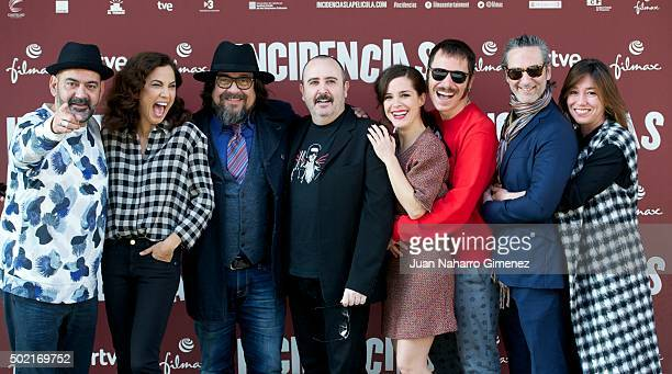 Jose Corbacho Toni Acosta Juan Cruz Carlos Areces Nuria Gago Ruben Ochandiano Ernesto Alterio and Lola Duenas attend 'Incidencias' photocall at Paz...