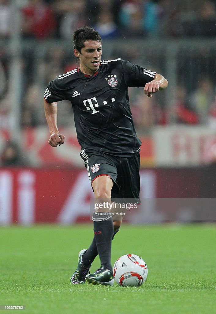 Jose Ernesto Sosa of Bayern Muenchen runs with the ball during the Franz Beckenbauer Farewell match against Real Madrid at Allianz Arena on August 13...