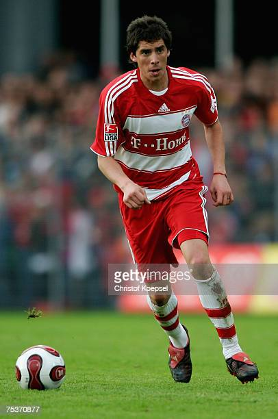 Jose Ernesto Sosaruns with the ball during the friendly match between FC Schaffhausen and Bayern Munich at the Breite Stadium on July 11 2007 in...