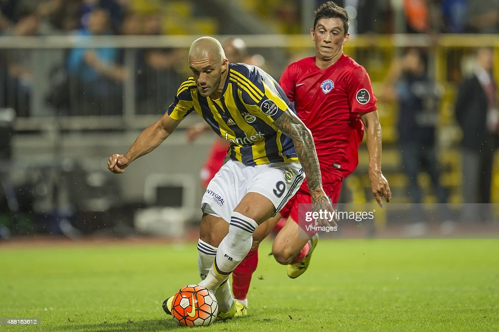 Jose Fernando Viana de Santana (Fernandao) of Fenerbahce, <a gi-track='captionPersonalityLinkClicked' href=/galleries/search?phrase=Andre+Castro&family=editorial&specificpeople=7124527 ng-click='$event.stopPropagation()'>Andre Castro</a> Pereira of Kasimpasa SK during the Super Lig match between Kasimpasa SK and Fenerbahce on September 13, 2015 at the Recep Tayyip Erdogan stadium in Istanbul, Turkey.