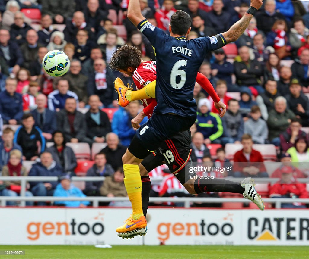 Jose Fonte (R) of Southampton brings down <a gi-track='captionPersonalityLinkClicked' href=/galleries/search?phrase=Danny+Graham+-+Voetballer&family=editorial&specificpeople=11679831 ng-click='$event.stopPropagation()'>Danny Graham</a> of Sunderland, leading to a penaly during the Barclays Premier League match between Sunderland AFC and Southampton FC at the Stadium of Light on May 02, 2015 in Sunderland, England.