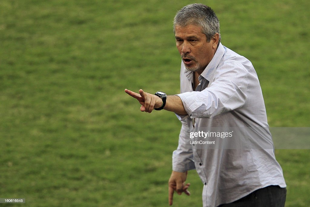 Jose Hernandez, head coach of Atletico Venezuela reacts during a match between Caracas FC and Atletico Venezuela as part of the Torneo Clausura 2013 at Brigido Iriarte Stadium on February 03, 2013 in Caracas, Venezuela.