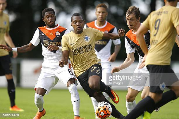 Jose Izquierdo met Rodriques Fred during the preseason friendly match between Club Brugge and Shakhtar Donetsk on July 6 2016 at Garderen The...