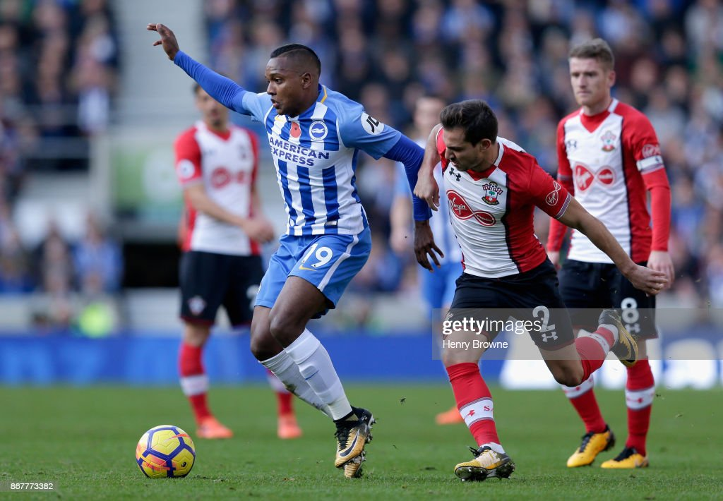 Jose Izquierdo of Brighton and Hove Albion holds off Cedric Soares of Southampton during the Premier League match between Brighton and Hove Albion and Southampton at Amex Stadium on October 29, 2017 in Brighton, England.