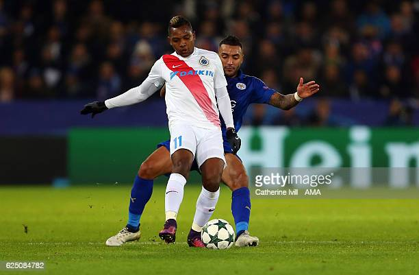 Jose Izquierdo of Club Brugge and Danny Simpson of Leicester City during the UEFA Champions League match between Leicester City FC and Club Brugge KV...