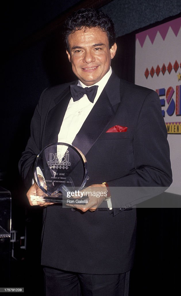 Jose Jose attends Desi Entertainment Awards on August 17 1992 at the Wiltern Theater in Los Angeles California
