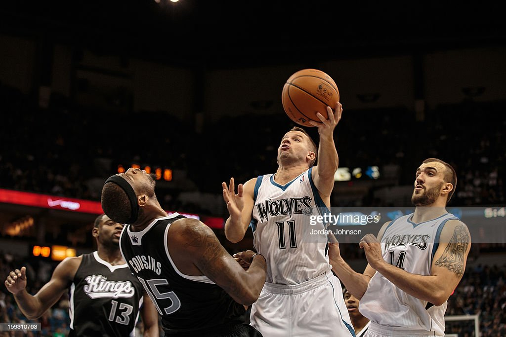 Jose Juan Barea #11 of the Minnesota Timberwolves drives to the basket against the Sacramento Kings during the season opening game on November 2, 2012 at Target Center in Minneapolis, Minnesota.