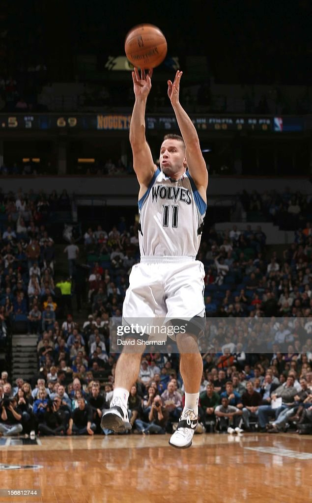 Jose Juan Barea #11 of the Minnesota Timberwolves goes for a jump shot during the game between the Minnesota Timberwolves and the Denver Nuggets on November 21, 2012 at Target Center in Minneapolis, Minnesota.