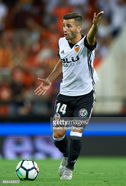 Jose Luis Gaya of Valencia in action during the La Liga match between Valencia and Las Palmas at Estadio Mestalla on August 18 2017 in Valencia