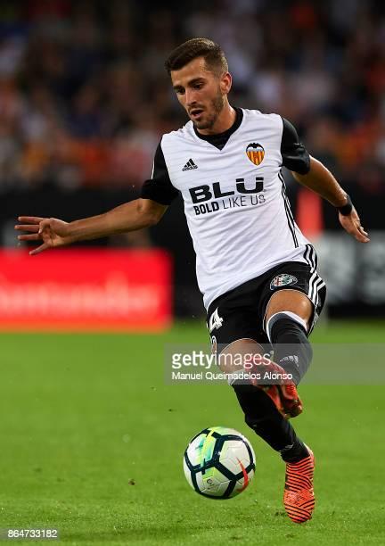 Jose Luis Gaya of Valencia in action during the La Liga match between Valencia and Sevilla at Estadio Mestalla on October 21 2017 in Valencia Spain