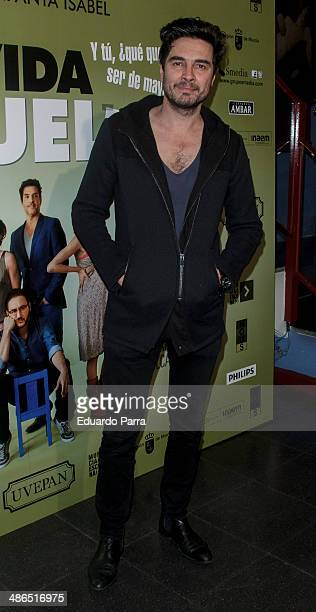 Jose Manuel Seda attends 'La Vida Resuelta' premiere photocall at Santa Isabel theatre on April 24 2014 in Madrid Spain