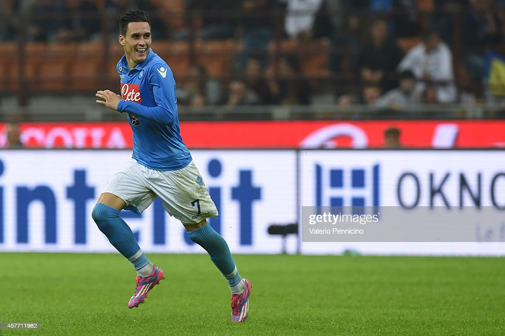 Jose Maria Callejon of SSC Napoli celebrates after scoring his second goal during the Serie A match between FC Internazionale Milano and SSC Napoli...