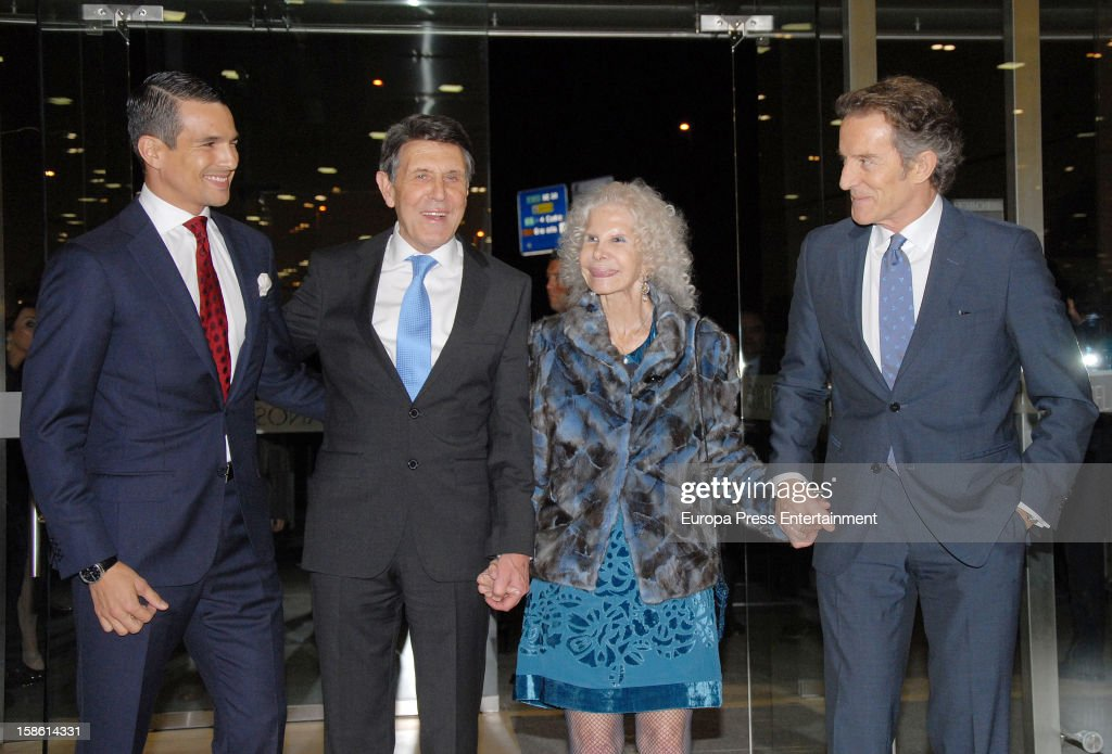 Jose Maria Manzanares, Manuel Colonques, Duchess of Alba <a gi-track='captionPersonalityLinkClicked' href=/galleries/search?phrase=Cayetana+Fitz-James+Stuart&family=editorial&specificpeople=6090682 ng-click='$event.stopPropagation()'>Cayetana Fitz-James Stuart</a> and Duke of Alba <a gi-track='captionPersonalityLinkClicked' href=/galleries/search?phrase=Alfonso+Diez&family=editorial&specificpeople=6697714 ng-click='$event.stopPropagation()'>Alfonso Diez</a> attend the Porcelanosa new store opening on December 20, 2012 in Seville, Spain.
