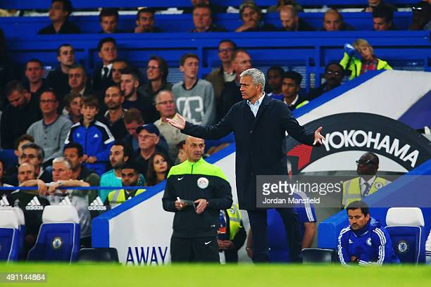 Jose Mourinho Manager of Chelsea shows his frustration after conceding the third goal to Southampton during the Barclays Premier League match between...
