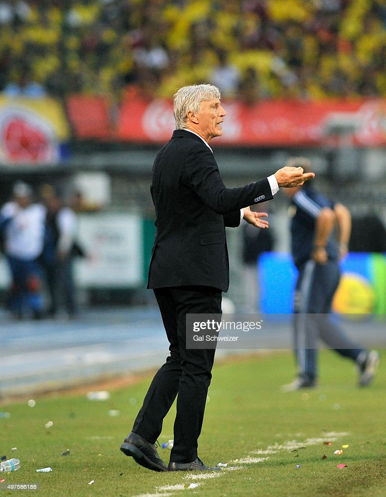 Jose Nestor Pekerman coach of Colombia gestures during a match between Colombia and Argentina as part of FIFA 2018 World Cup Qualifiers at Metropolitano Stadium on November 17, 2015 in Barranquilla, Colombia.