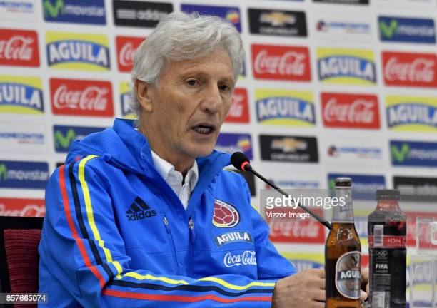 Jose Pekerman coach of Colombia speaks during a press conference ahead to the match against Paraguay on October 04 2017 in Barranquilla Colombia