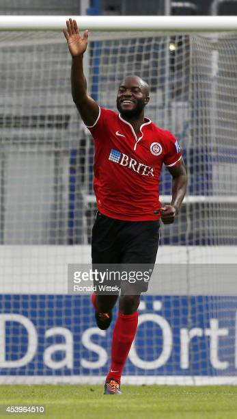 Jose Pierre Vunguidica of Wiesbaden celebrates after scoring his team's second goal during the Third league match between SV Wehen Wiesbaden and VfB...