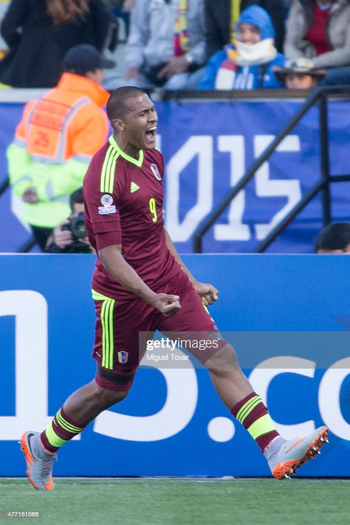 <a gi-track='captionPersonalityLinkClicked' href=/galleries/search?phrase=Jose+Salomon+Rondon&family=editorial&specificpeople=6355029 ng-click='$event.stopPropagation()'>Jose Salomon Rondon</a> of Venezuela celebrates after scoring the opening goal during the 2015 Copa America Chile Group C match between Colombia and Venezuela at El Teniente Stadium on June 14, 2015 in Rancagua, Chile.