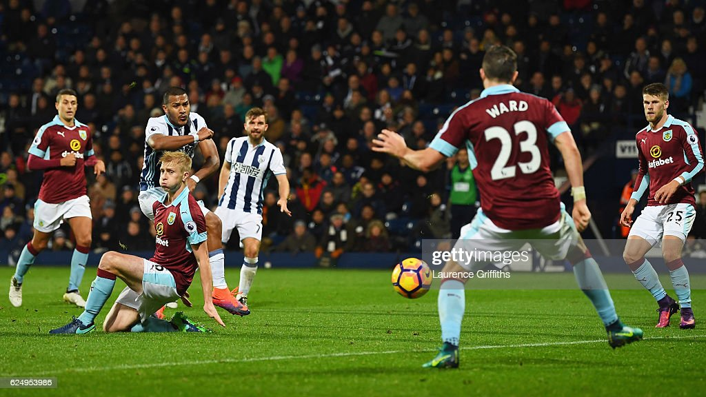 Jose Salomon Rondon of West Bromwich Albion (2L) scores their fourth goal during the Premier League match between West Bromwich Albion and Burnley at The Hawthorns on November 21, 2016 in West Bromwich, England.