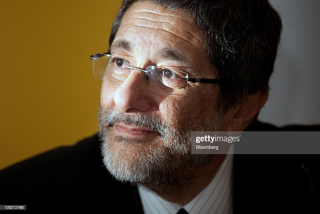 Jose Sergio Gabrielli chief executive officer of Petroleo Brasileiro SA pauses during a news conference in London UK on Monday Aug1 2011 Petroleo...