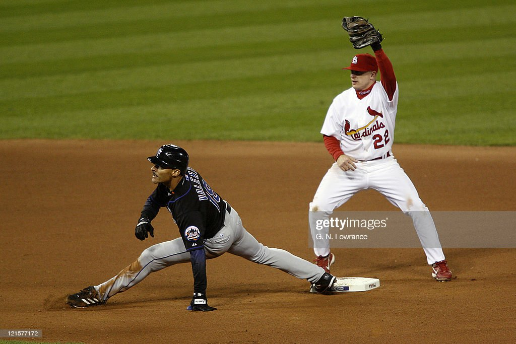 Jose Valentin of the Mets is thrown out at 2nd base on a throw by Preston Wilson during game 3 of the NLCS between the New York Mets and St. Louis Cardinals at Busch Stadium in St. Louis, Missouri on October 14, 2006. St. Louis won 5-0 to take a 2 games to 1 lead in the series.