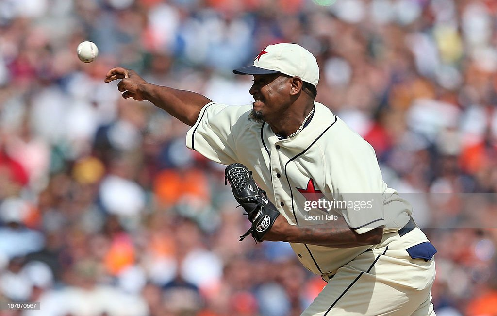 <a gi-track='captionPersonalityLinkClicked' href=/galleries/search?phrase=Jose+Valverde&family=editorial&specificpeople=689773 ng-click='$event.stopPropagation()'>Jose Valverde</a> #46 of the Detroit Tigers pitches in the ninth inning during the game against the Atlanta Braves at Comerica Park on April 27, 2013 in Detroit, Michigan. The Tigers defeated the Braves 7-4.