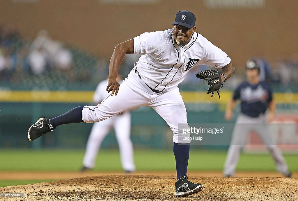 Jose Valverde #46 of the Detroit Tigers pitches in the ninth inning during the game against the Atlanta Braves Valverde at Comerica Park on April 28, 2013 in Detroit, Michigan. The Tigers defeated the Braves 8-3.