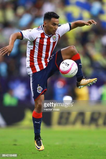 Jose Vazquez of Chivas controls the ball during the 10th round match between America and Chivas as part of the Torneo Apertura 2017 Liga MX at Azteca...