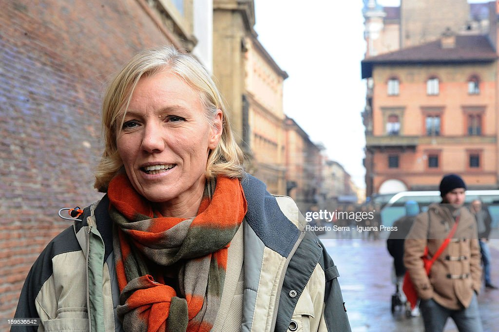 <a gi-track='captionPersonalityLinkClicked' href=/galleries/search?phrase=Josefa+Idem&family=editorial&specificpeople=762213 ng-click='$event.stopPropagation()'>Josefa Idem</a>, PD's candidate at Italian Parliament in the next political elections, arrives at the press conference to present herself at Farnese Chapel of Palazzo D'Accursio on January 15, 2013 in Bologna, Italy. The elections of a new Italian Parliament will take place on February 24.