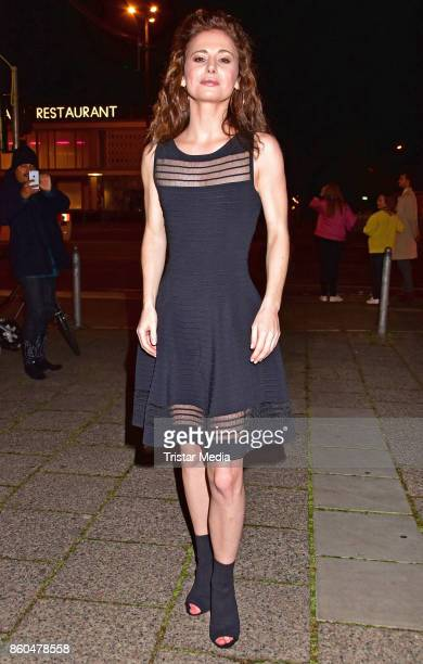 Josefine Preuss attends the 'Vorwaerts immer' premiere at Kino International on October 11 2017 in Berlin Germany