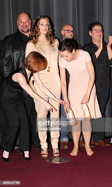 Josefine Preuss Marie Baeumer and Peri Baumeister attend the premiere of the film 'Irre sind maennlich' at Mathaeser Filmpalast on April 10 2014 in...