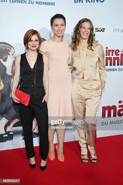 Josefine Preuss Peri Baumeister Marie Baeumer attend the premiere of the film 'Irre sind maennlich' at Mathaeser Filmpalast on April 10 2014 in...