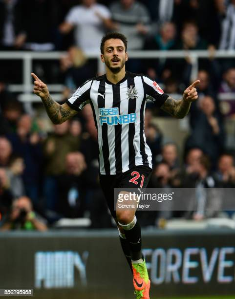 Joselu of Newcastle United celebrates after he scores Newcastle's first and the equalising goal during the Premier League Match between Newcastle...
