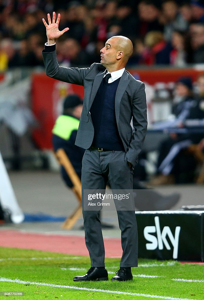 <a gi-track='captionPersonalityLinkClicked' href=/galleries/search?phrase=Josep+Guardiola&family=editorial&specificpeople=2088964 ng-click='$event.stopPropagation()'>Josep Guardiola</a>, Head Coach of FC Bayern Muenchen issues instructions to his players during the Bundesliga match between Bayer Leverkusen and FC Bayern Muenchen at BayArena on February 6, 2016 in Leverkusen, Germany.