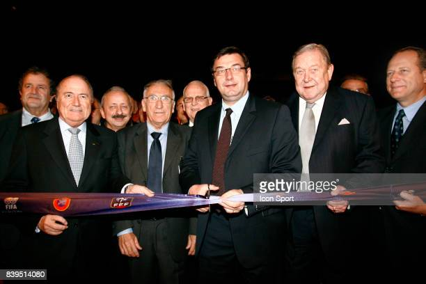 Joseph BLATTER / Jean Pierre ESCALETTES / Jean Francois LAMOUR / Lennart JOHANSSON Inauguration des nouveaux locaux de l'instance nationale FFF