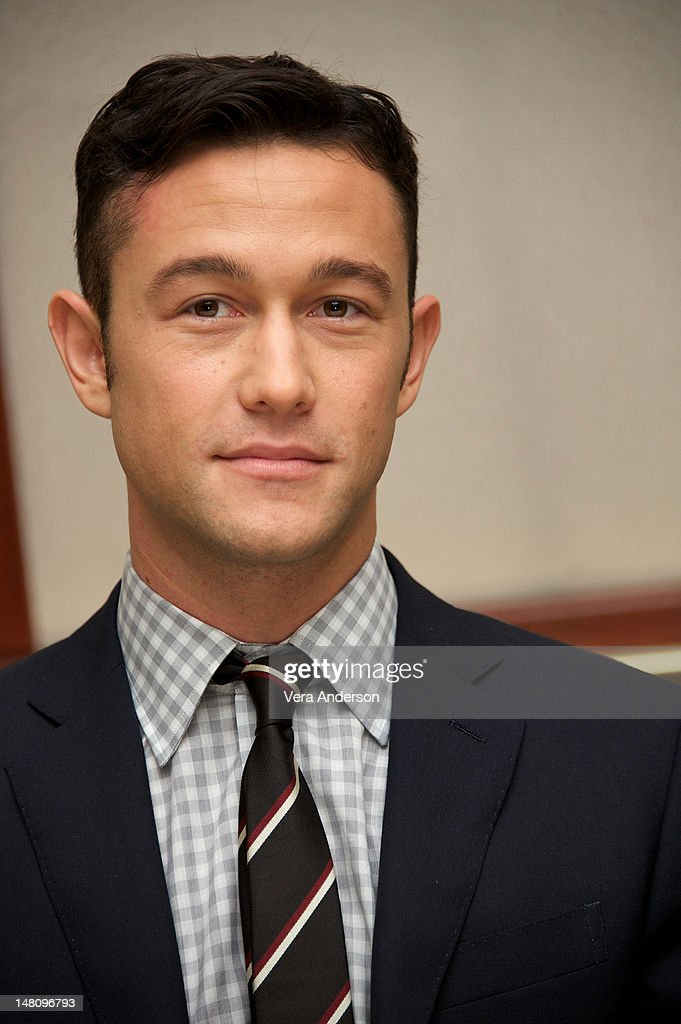<a gi-track='captionPersonalityLinkClicked' href=/galleries/search?phrase=Joseph+Gordon-Levitt&family=editorial&specificpeople=213632 ng-click='$event.stopPropagation()'>Joseph Gordon-Levitt</a> at 'The Dark Knight Rises' Press Conference at The Beverly Hilton Hotel on July 8, 2012 in Beverly Hills, California.