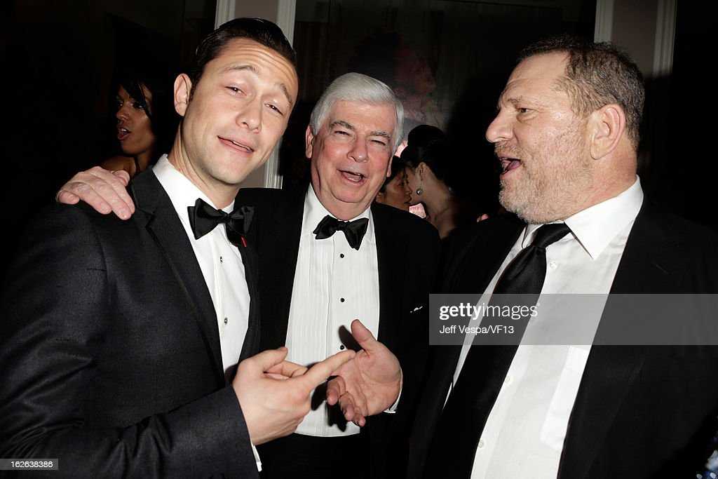 <a gi-track='captionPersonalityLinkClicked' href=/galleries/search?phrase=Joseph+Gordon-Levitt&family=editorial&specificpeople=213632 ng-click='$event.stopPropagation()'>Joseph Gordon-Levitt</a>, Chris Dodd and <a gi-track='captionPersonalityLinkClicked' href=/galleries/search?phrase=Harvey+Weinstein&family=editorial&specificpeople=201749 ng-click='$event.stopPropagation()'>Harvey Weinstein</a> attend the 2013 Vanity Fair Oscar Party hosted by Graydon Carter at Sunset Tower on February 24, 2013 in West Hollywood, California.