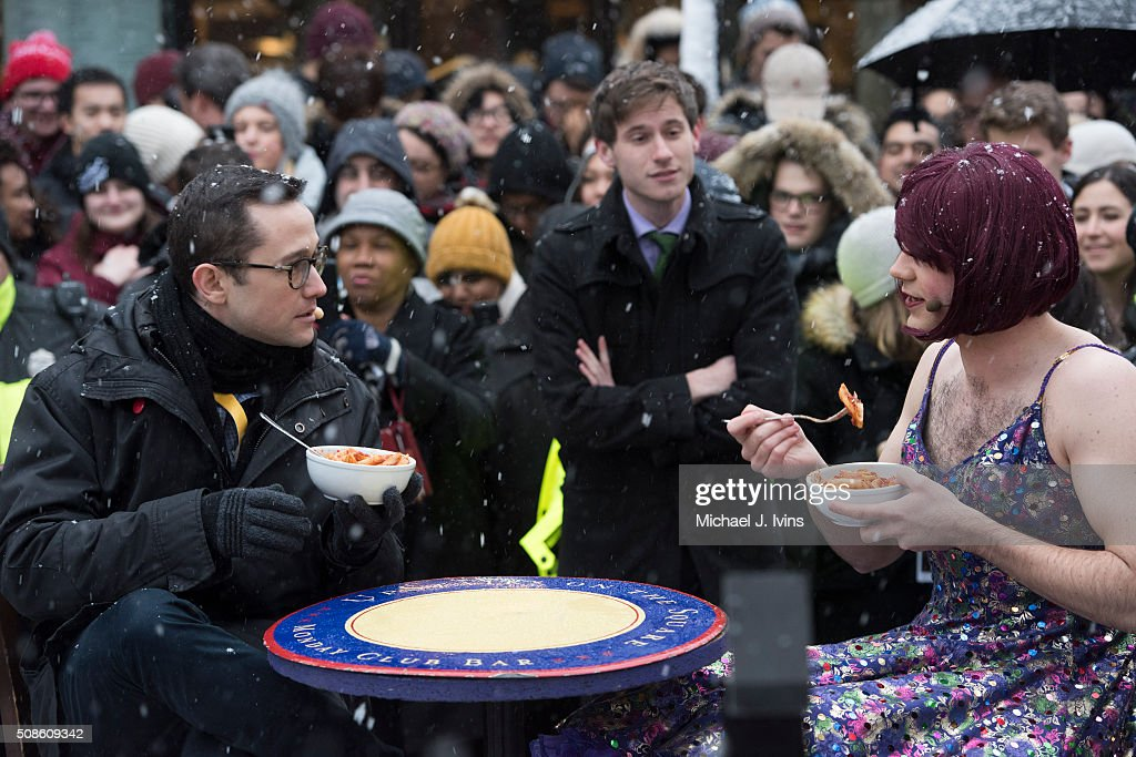 <a gi-track='captionPersonalityLinkClicked' href=/galleries/search?phrase=Joseph+Gordon-Levitt&family=editorial&specificpeople=213632 ng-click='$event.stopPropagation()'>Joseph Gordon-Levitt</a> performs in a public skit with a Hasty Pudding Theatrics cast member before being honored as the Hasty Pudding Theatricals 2016 Man Of The Year on February 5, 2016 in Cambridge, Massachusetts.