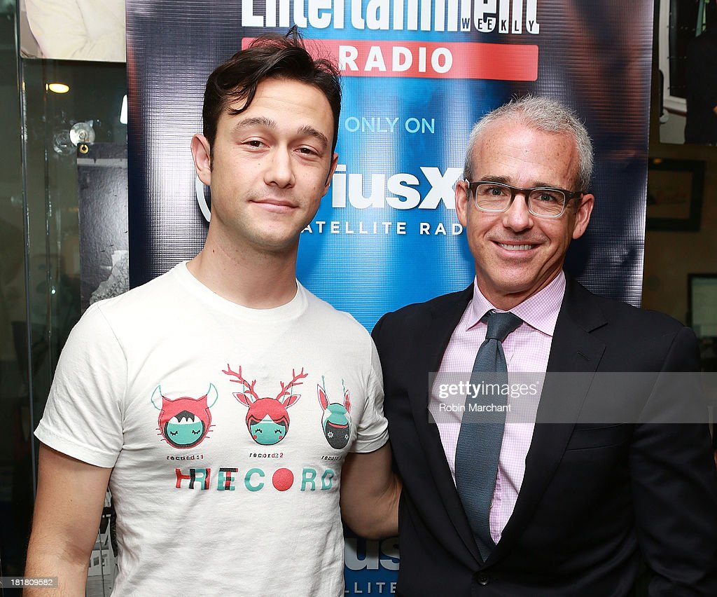 Joseph Gordon-Levitt visits SiriusXM's Entertainment Weekly Radio 'Editor's Hour' with Jess Cagle, host of Entertainment Weekly Radio and Editor of Entertainment Weekly at SiriusXM Studios on September 25, 2013 in New York City.