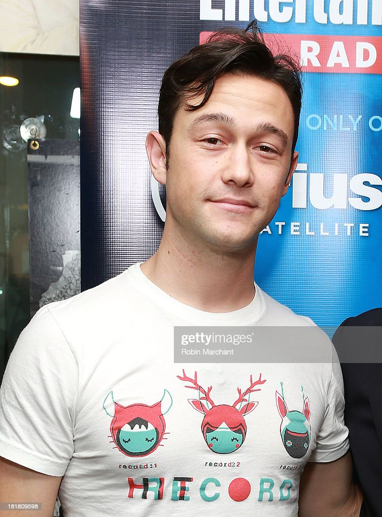 Joseph Gordon-Levitt visits SiriusXM's Entertainment Weekly Radio 'Editor's Hour' at SiriusXM Studios on September 25, 2013 in New York City.