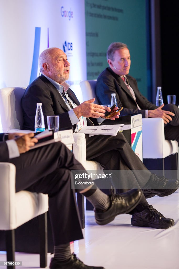 Joseph Stiglitz, economist and professor at Columbia University School of International & Public Affairs, center, speaks during the International Economic Association (IEA) World Congress event in Mexico City, Mexico, on Monday, June 19, 2017. The theme of the congress is Globalization, Growth and Sustainability. Photographer: Brett Gundlock/Bloomberg via Getty Images