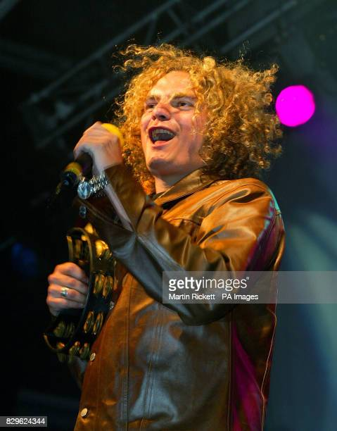 Joseph Washbourn from Toploader performing on stage during the switching on of the Blackpool Illuminations The show was watched by 20000 people who...