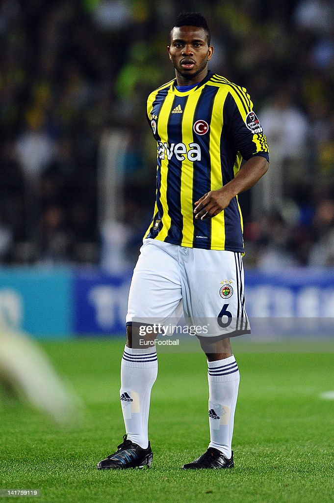 <a gi-track='captionPersonalityLinkClicked' href=/galleries/search?phrase=Joseph+Yobo&family=editorial&specificpeople=220395 ng-click='$event.stopPropagation()'>Joseph Yobo</a> of Fenerbahce SK in action during the Turkish Spor Toto Super Lig match between Fenerbahce SK and Galatasaray AS held on March 17, 2012 at the Sukru Saracoglu Stadium in Istanbul, Turkey.