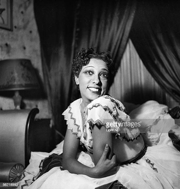 Josephine Baker American artist of musichall in 'The Creole' of Offenbach Paris theatre Marigny december 1934