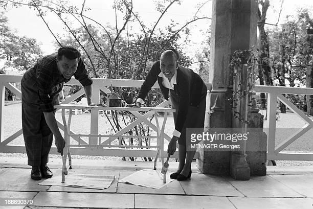 Josephine Baker In Milandes Dordogne 27 mai 1958 Dans son domaine des Milandes où le parc et le château font peau neuve Joséphine BAKER et son 4ème...